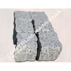 Kostka płomieniowana granitowa gr. 8 cm szara  cięto-łupana