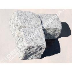 Kostka płomieniowana granitowa gr. 10 cm szara  cięto-łupana