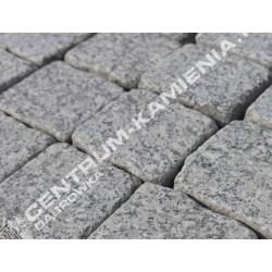 Kostka brukowa granitowa 7/9 cm szara surowo-łupana otaczana (rustykalna)