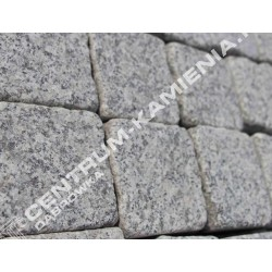 Kostka brukowa granitowa 9/11 cm szara surowo-łupana otaczana (rustykalna)